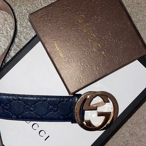 Navy blue Gucci belt